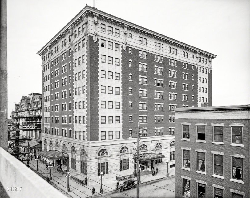Hotel Utica: 1910