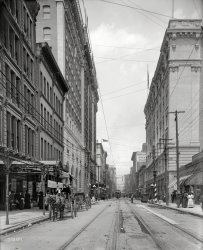Downtown: 1905