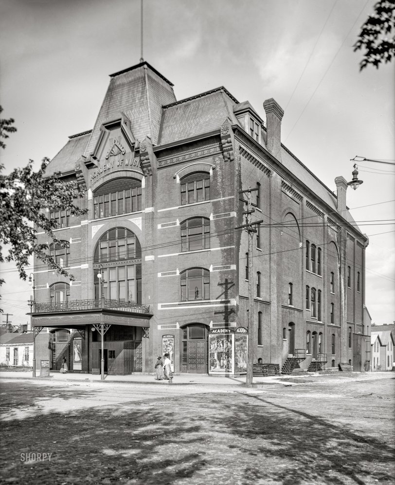 Academy of Music: 1907