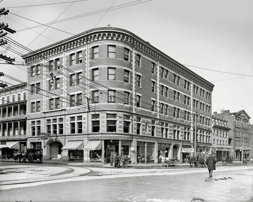 The Richmond: 1908