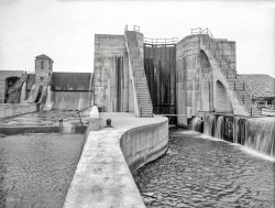 The Great Locks: 1908