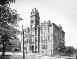 Girls' High School: 1906