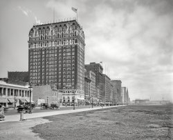 Michigan Avenue: 1918