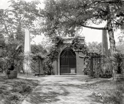 Washington's Tomb: 1902