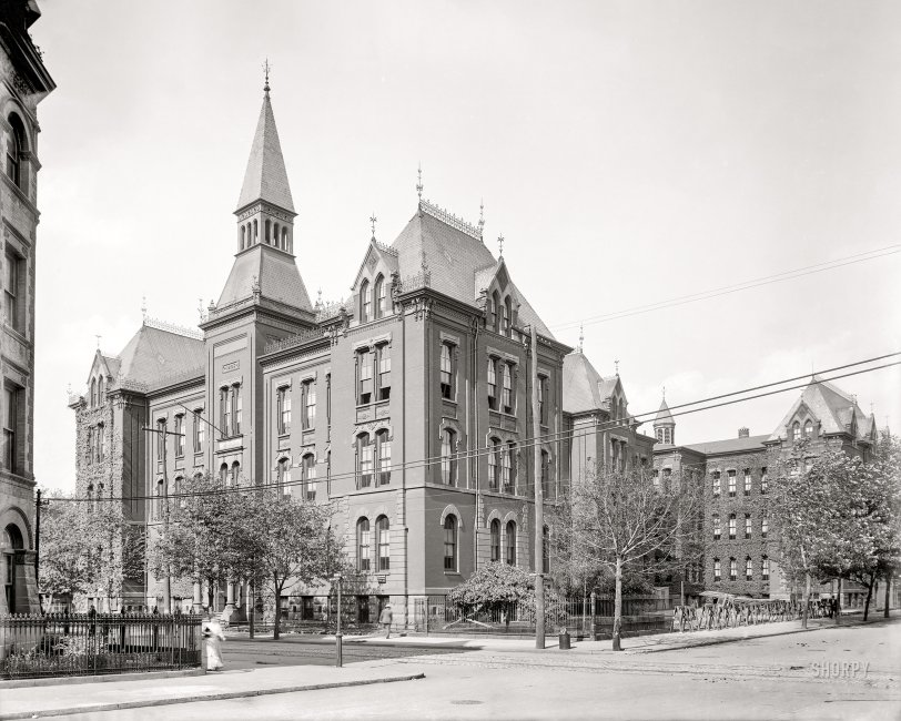 Girls High School: 1911