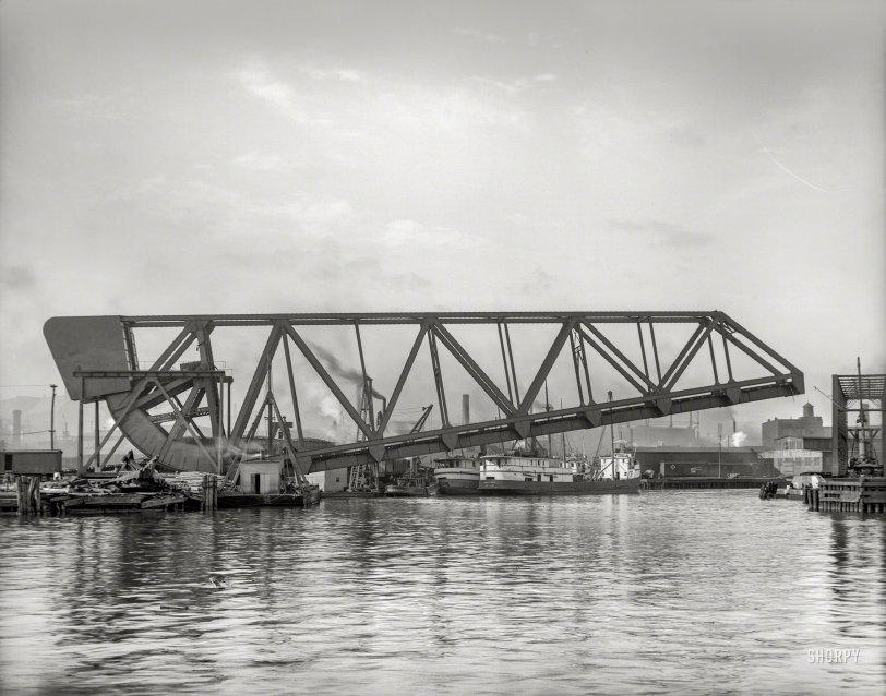 Cuyahoga Lift Bridge: 1910