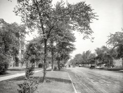 East Grand: 1910