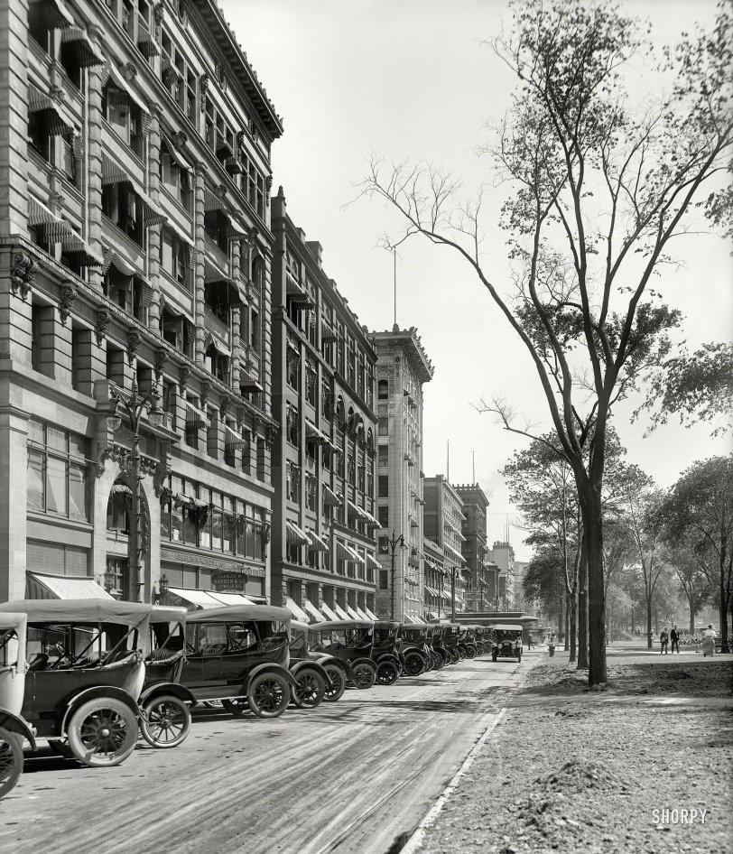 Ample Parking: 1916