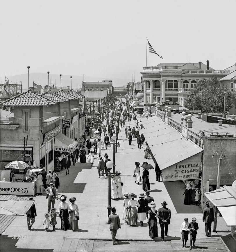 The Pike: 1910
