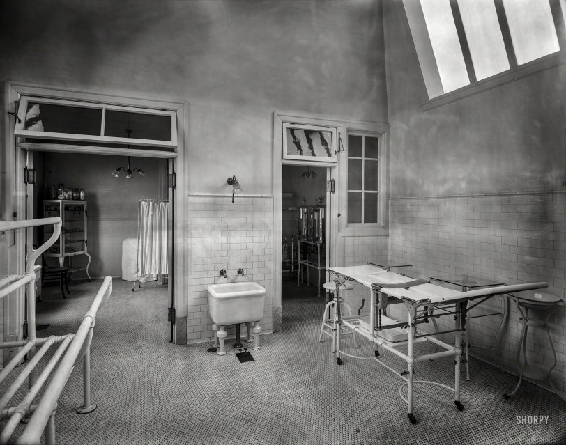 In Surgery: 1909