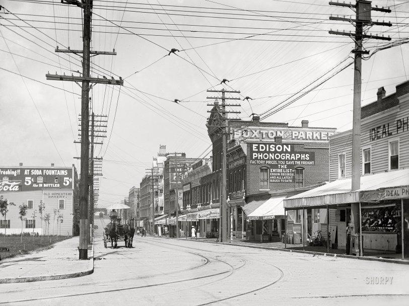 Edison Phonographs: 1906