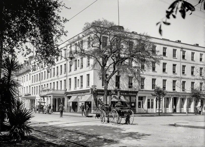 Pulaski House: 1906