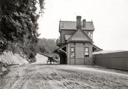 West Shore Depot: 1895