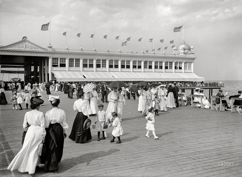 Sea Breeze: 1910
