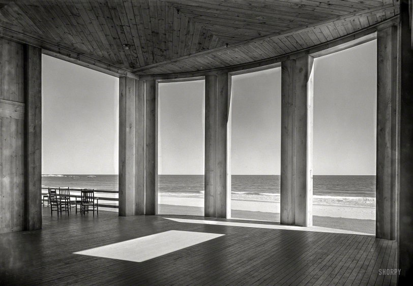 Ocean Portico: 1939
