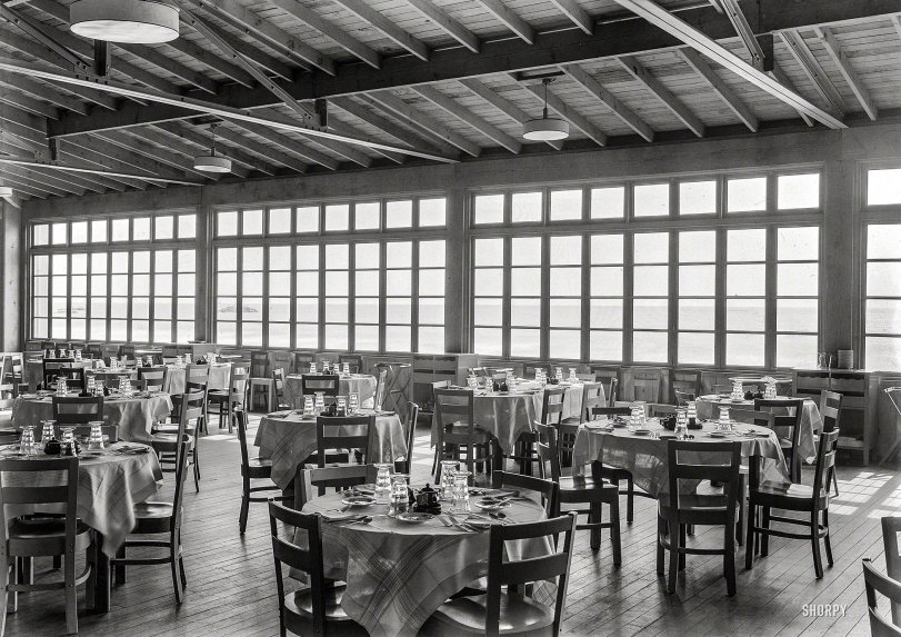 Dining at the Dunes: 1939