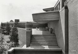 The House That Wax Built: 1939