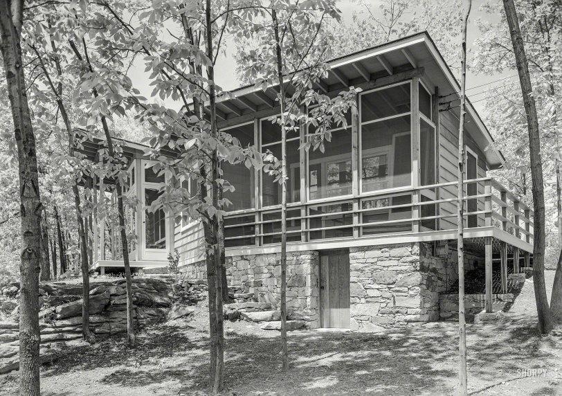 First-Class Cabin: 1940