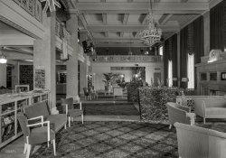 Newark Luxe: 1944