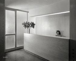 Modern Receptionist: 1948