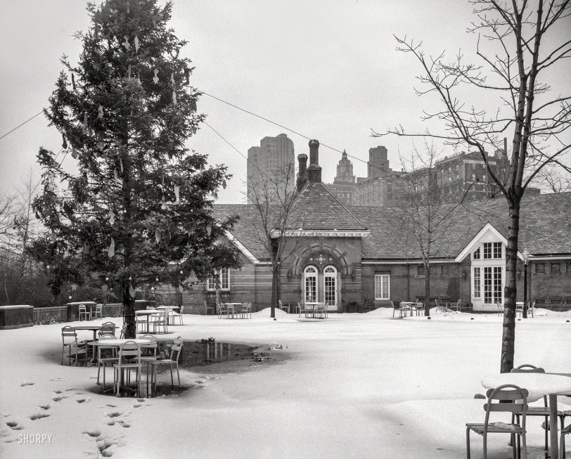 Tavern on the Green: 1944