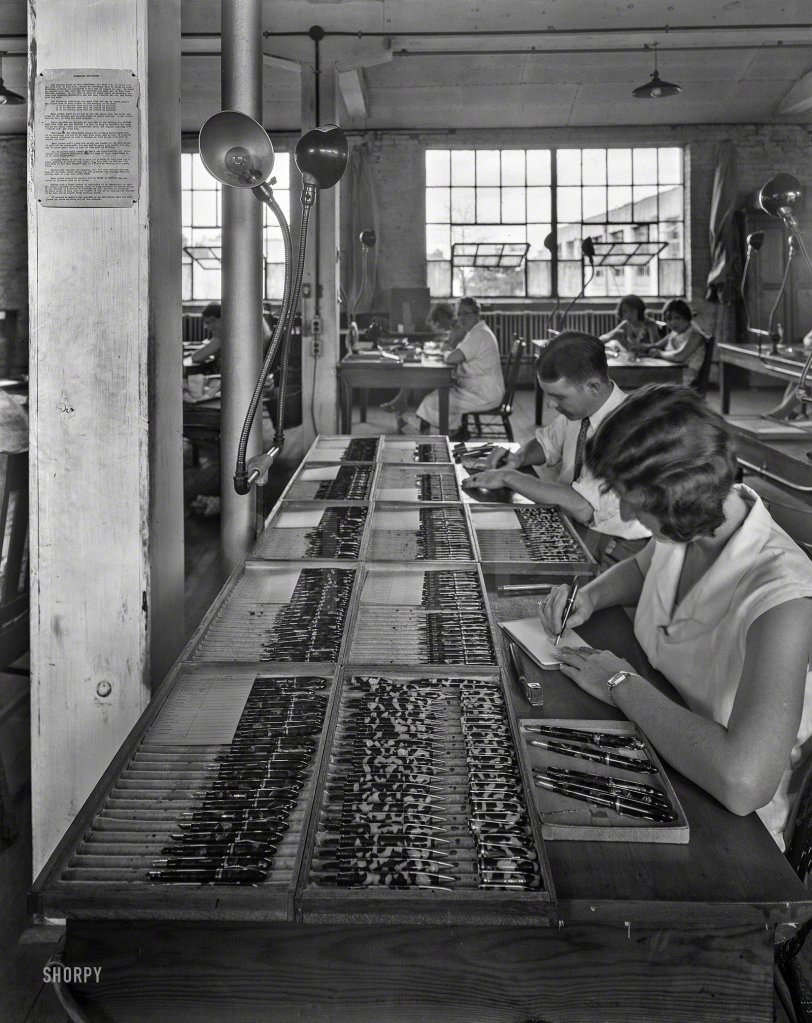 Fountain Pen Factory: 1935