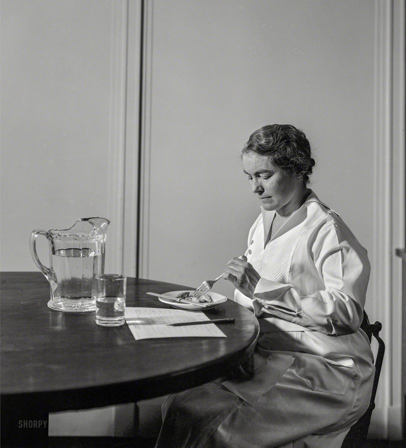 Working Lunch: 1935