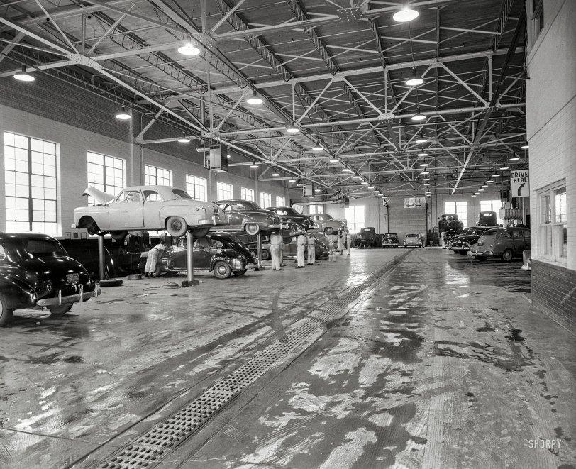 Pope Garage: 1952