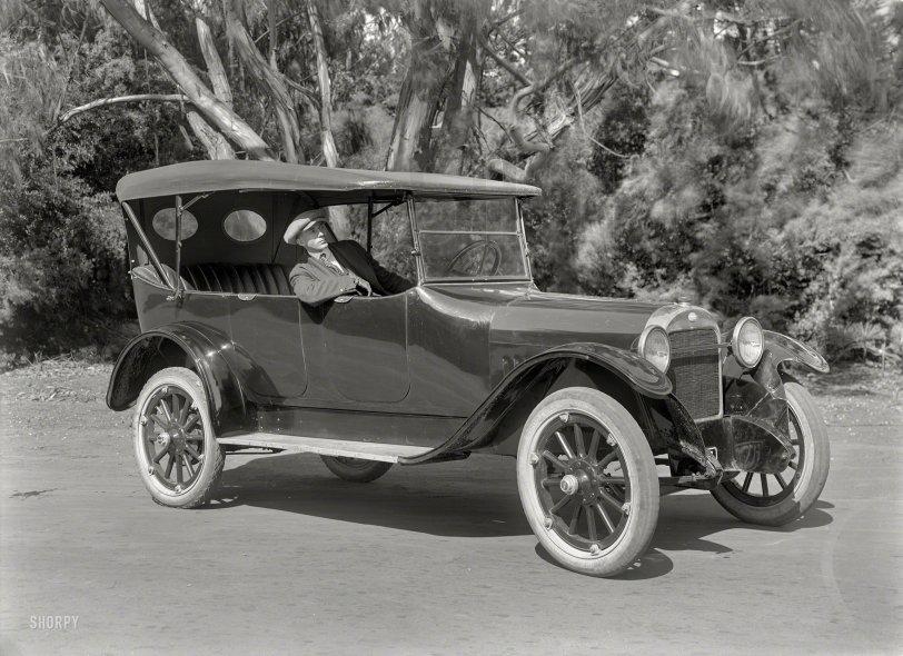 Oakland Rider: 1920