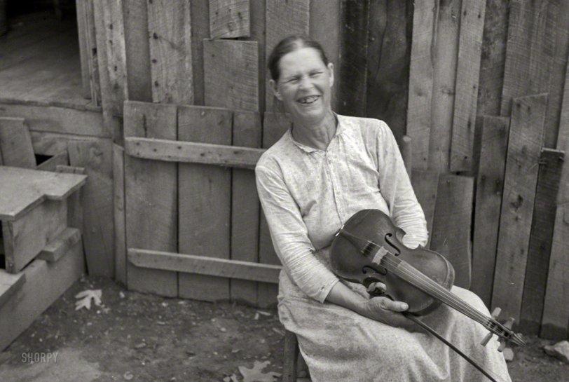 The Merry Fiddler: 1937