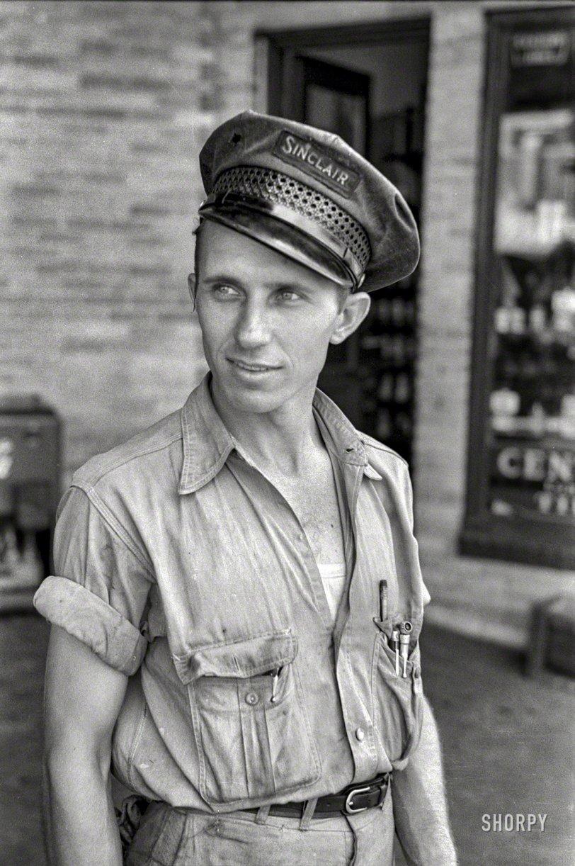 Sinclair Serviceman: 1939