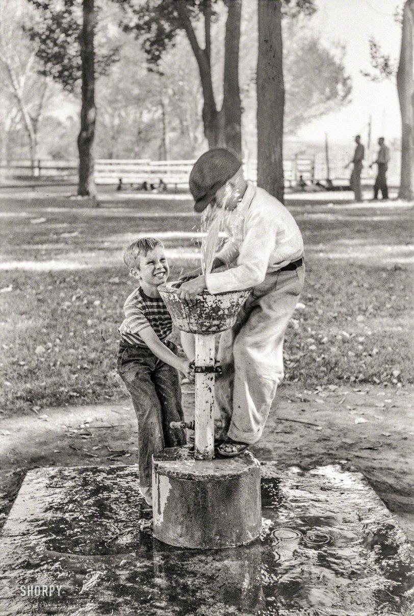 Little Squirt: 1941
