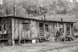 Duplex Hovel: 1938
