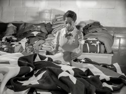 Stars & Stripes: 1942
