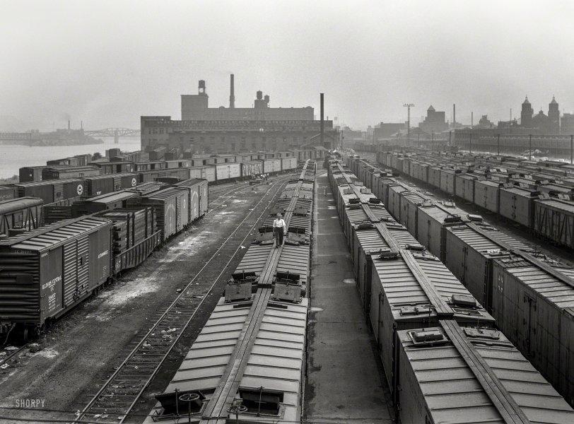 Wartime Rail: 1942