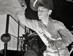 Arc Story: 1942