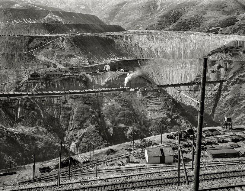 Bingham Mine: 1942