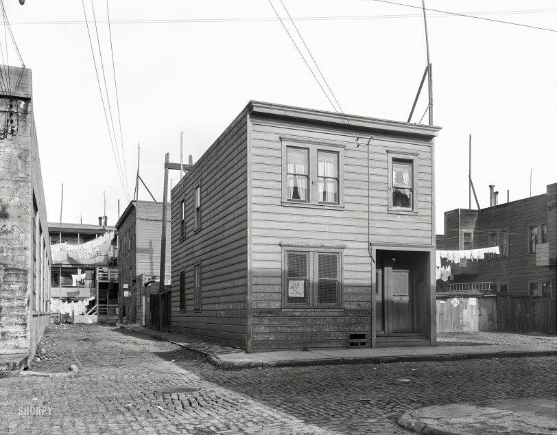 Lilac Street: 1936