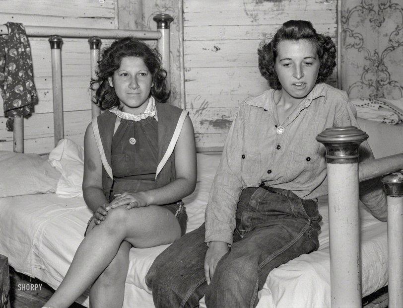 Striking Beauties: 1938