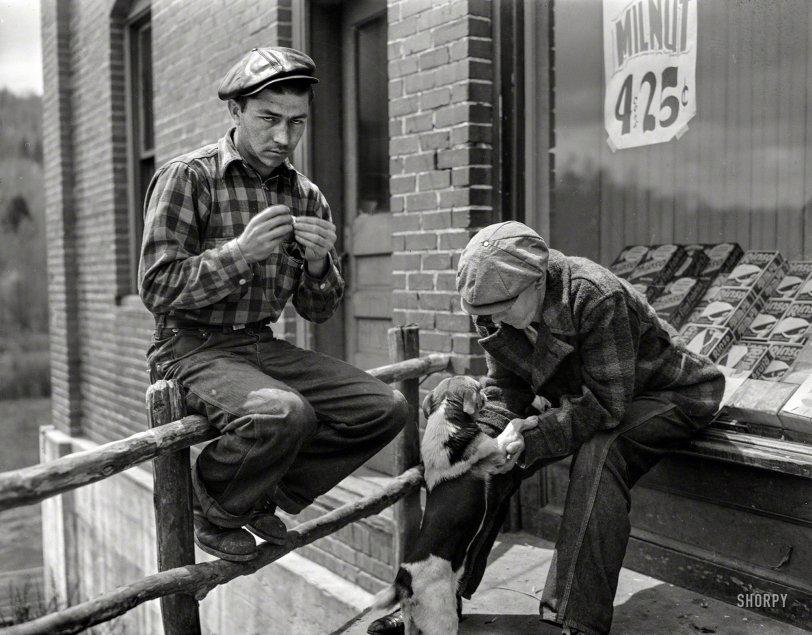 Store Greeter: 1942