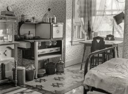 Bed and Breakfast: 1939