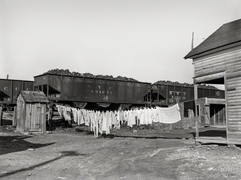 Left Hanging: 1939