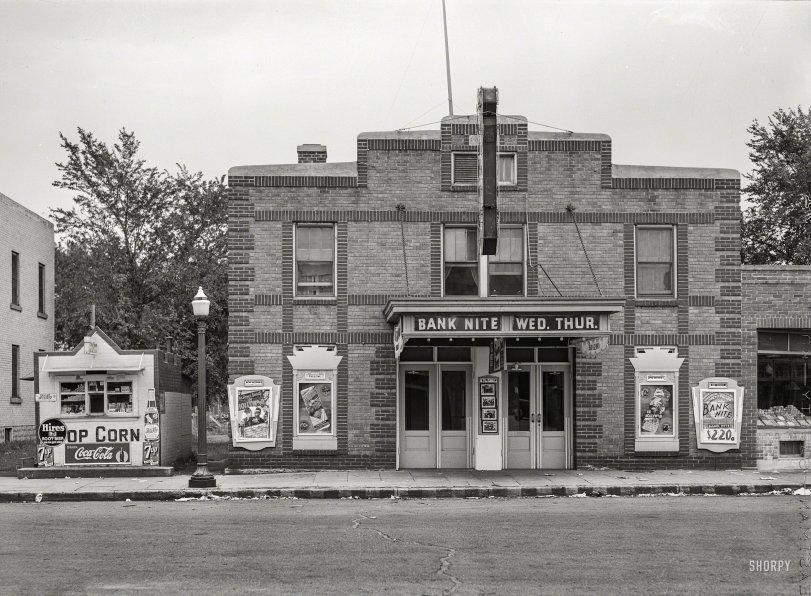 Bank Nite: 1939