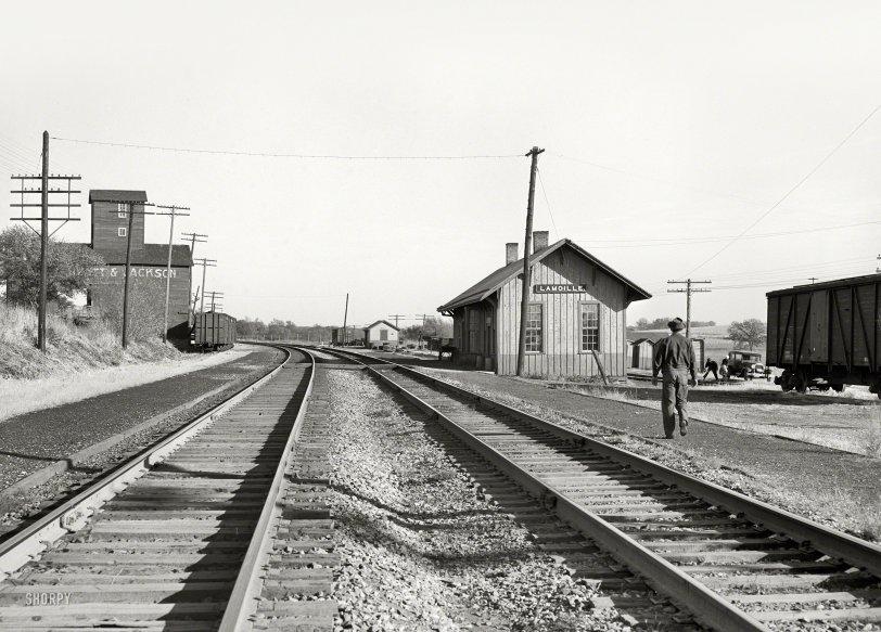 Lamoille Depot: 1939