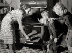 Kitchen Reveal: 1939