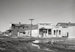 Anytown, USA: 1940
