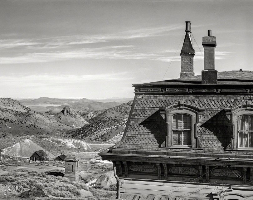 A Roof With a View: 1940