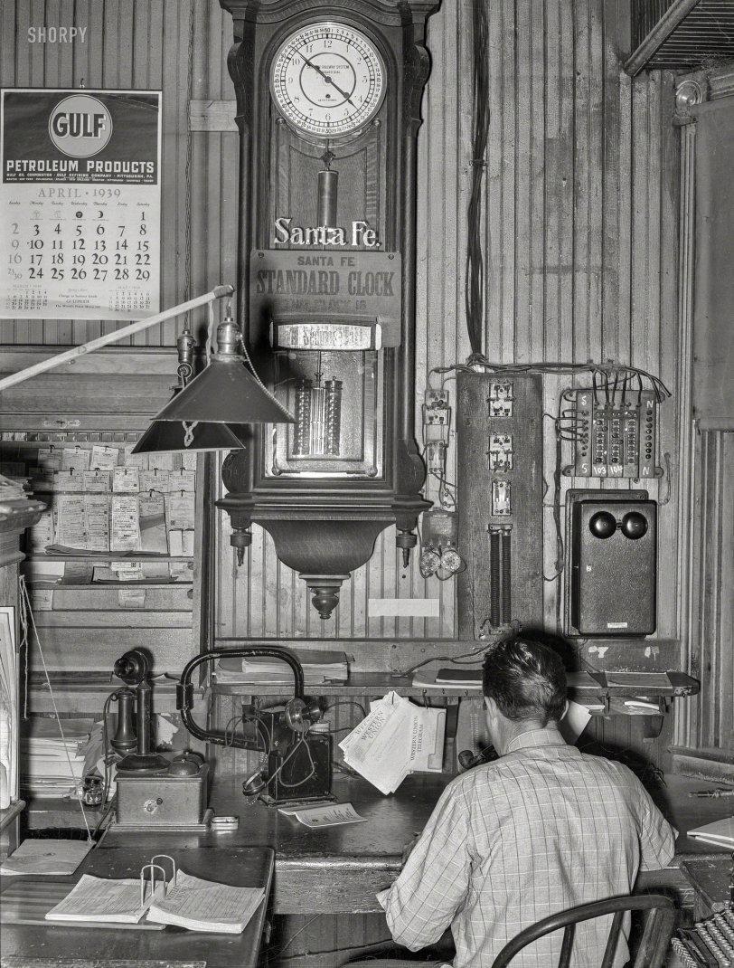 Santa Fe Time: 1939