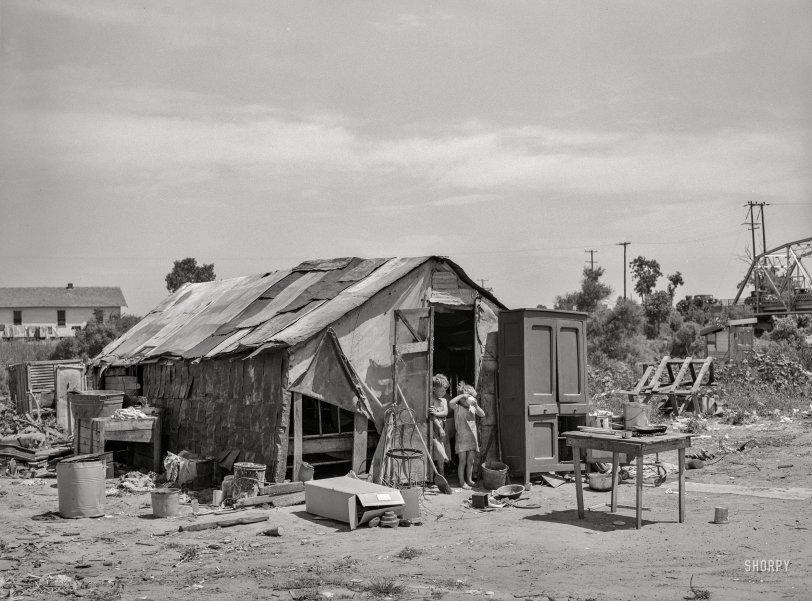 Pee-Wee Playhouse: 1939
