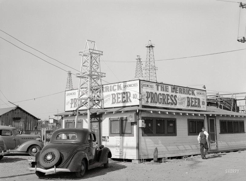 The Derrick: 1939